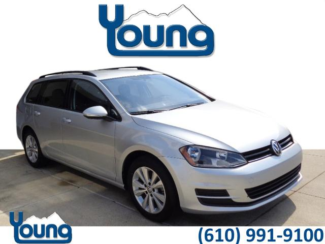 Certified Pre Owned 2017 Volkswagen Golf Sportwagen S