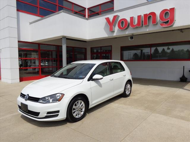 Certified Pre-Owned 2015 Volkswagen Golf TSI S 4-Door